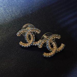 Chanel logo blue crystal earrings